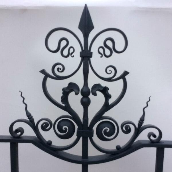 Artistic ironwork - London - Contemporary Artisan Blacksmith
