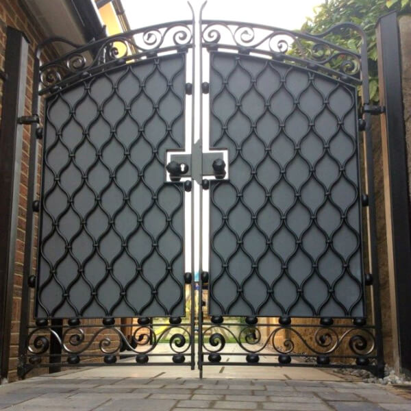 Electronic gates - ironwork by Darenth valley forge, Surrey